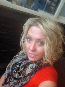 Melissa_Dinwoodie